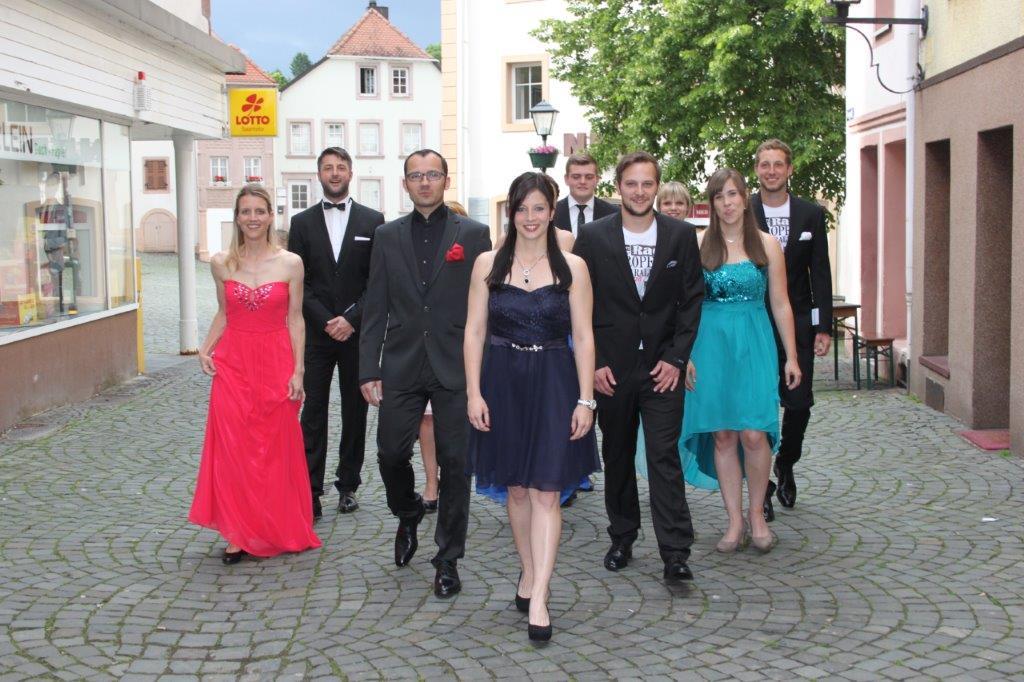 von links: Isabell, Daniel, Dominik, Nadine, Nils, Dennis, Michaela, Caro, Mathias